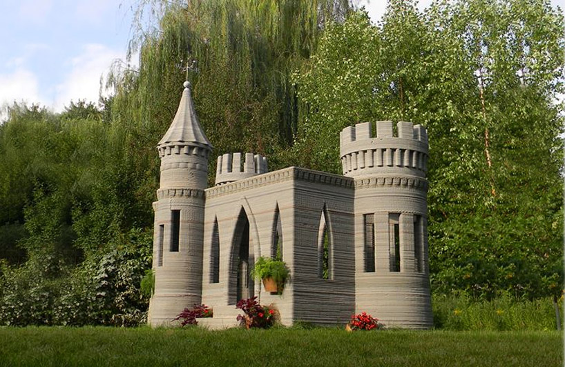 Man builds world's first 3D-printed castle