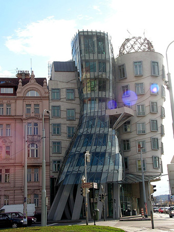 Fred and Ginger house, Prague