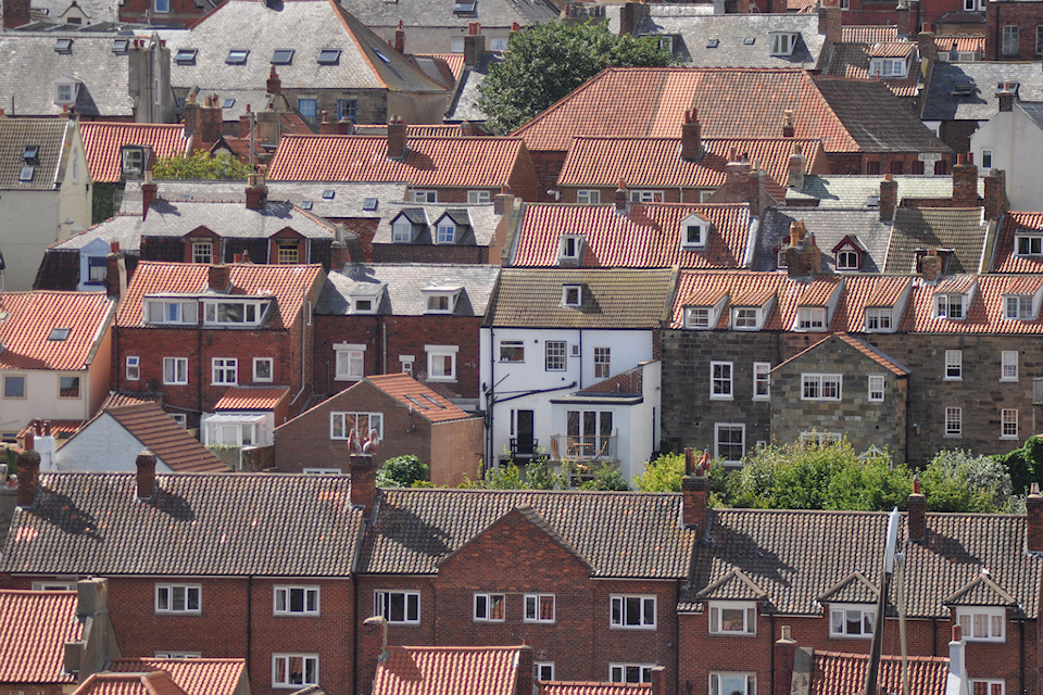 Government calls for councils to sell empty houses