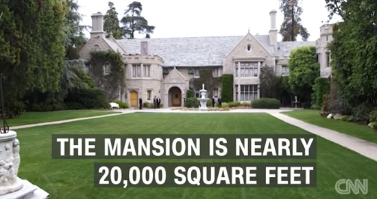 The Playboy Mansion, Chicago