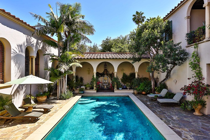 Antonio Banderas and Melanie Griffith put property on sale