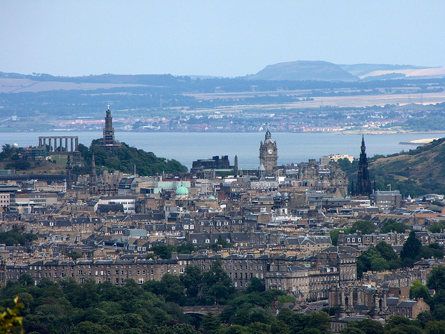 Edinburgh tops Scottish retirement hotspots