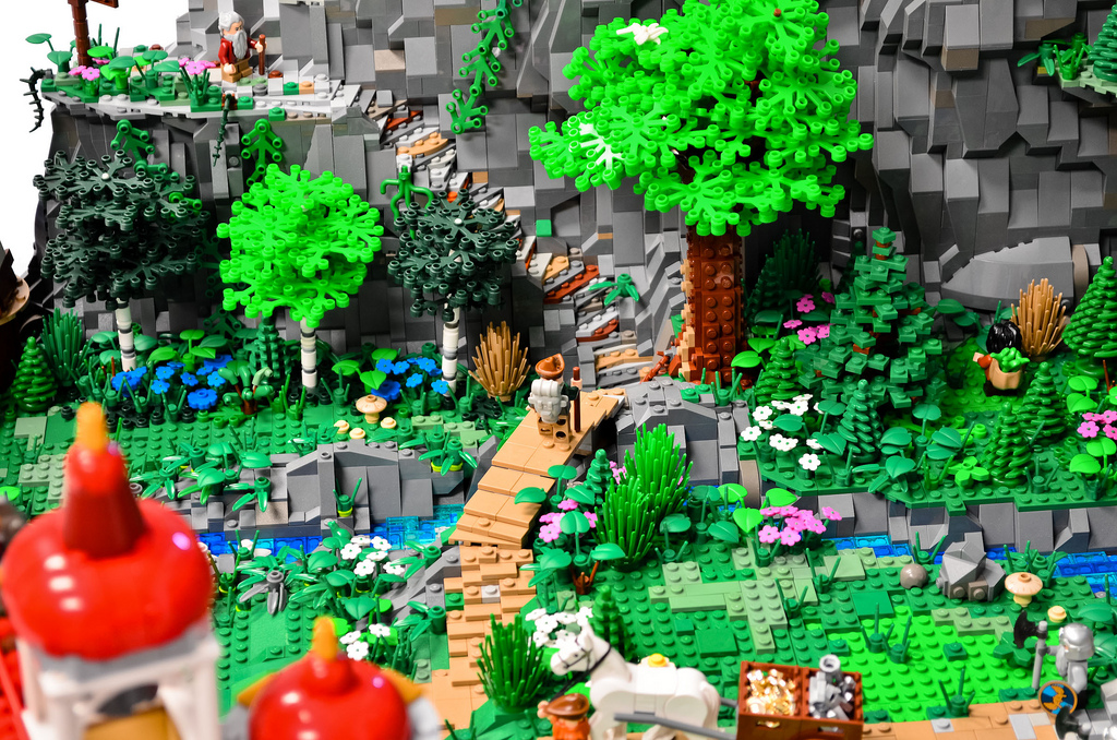 80,000 bricks to rule them all? Teens build The Hobbit's Erebor in LEGO