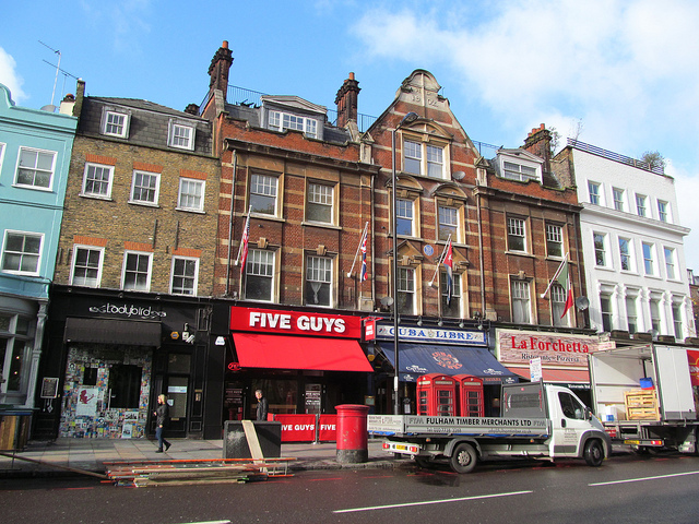 Five Guys leads US retail charge on London