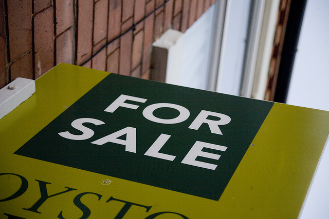 UK property market continues to calm down