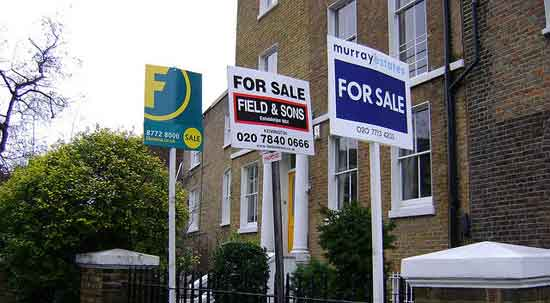 UK housing supply rises for first time in over a year