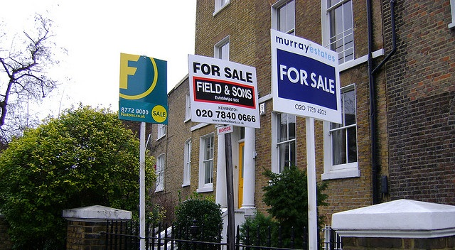 Sentiment surrounding UK house prices strengthens