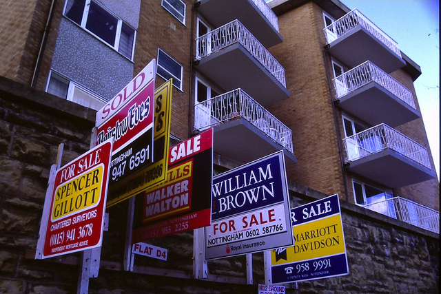 Election nerves hit housing sales