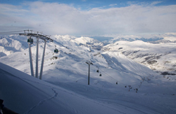 Snow cause for concern? French ski resorts dream of white Christmas
