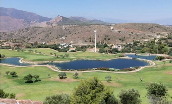 Turkey swings for Spain and Portugal's golf resort crown