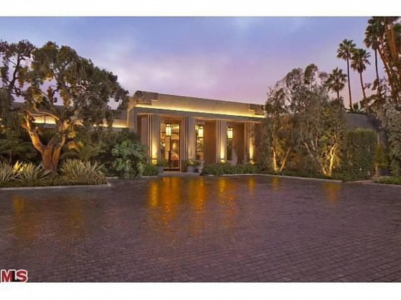 Jeremy Renner home for sale