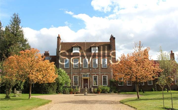 Downton Abbey mansion for sale