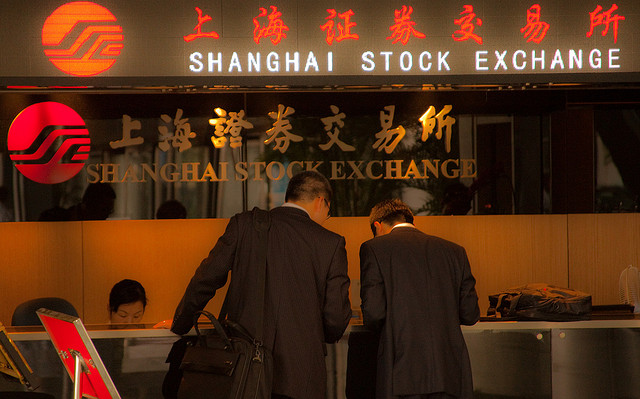 China shares plummet as overseas investment soars